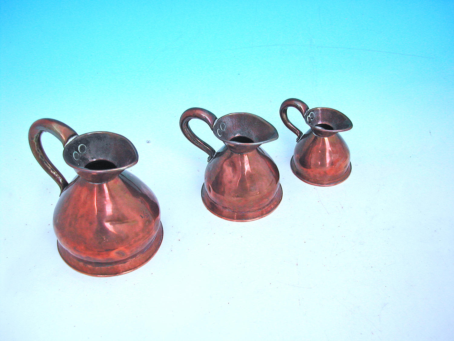 Set Of 19thc Copper Haystack Imperial Measures. English C1840 - 60