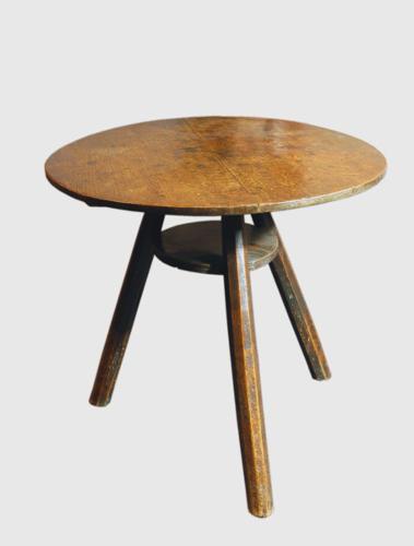 An 18thc Oak Cricket Table. Welsh C1780 - 90