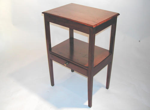 Pretty 19thc Yew wood Side Table. English  C1820 - 30