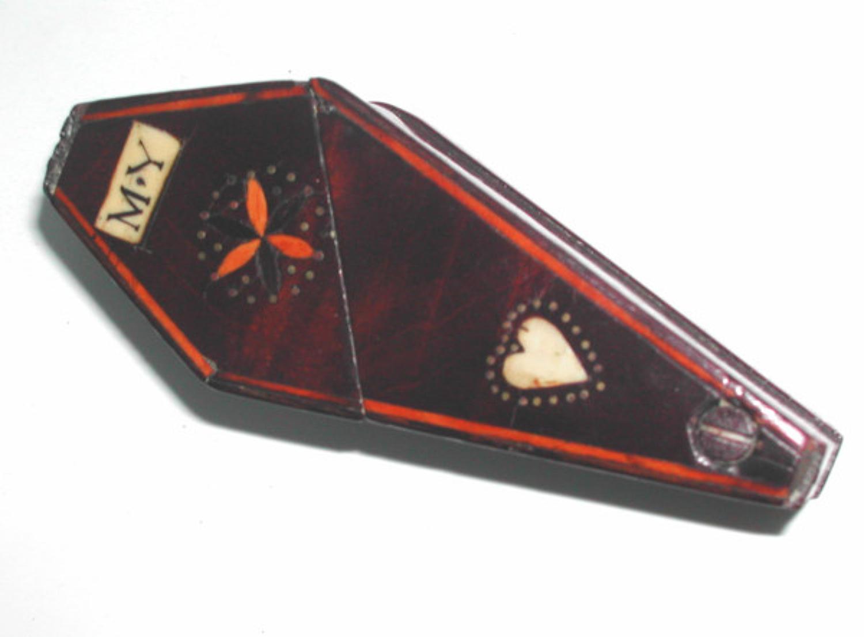 Late 18thc / early 19thc Treen Snuff Box. English C1780 - C1800