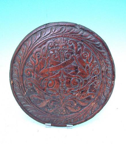17thc Pine carved Roundel. Scottish. C1680-90.