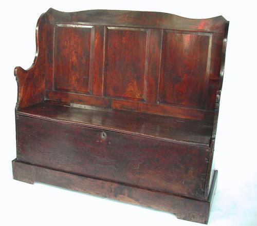 18thc Elm Box Settle . Welsh. C1740-60