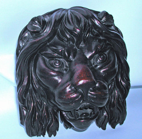 18thc Walnut carved Lions Head.   English. C1780-C90