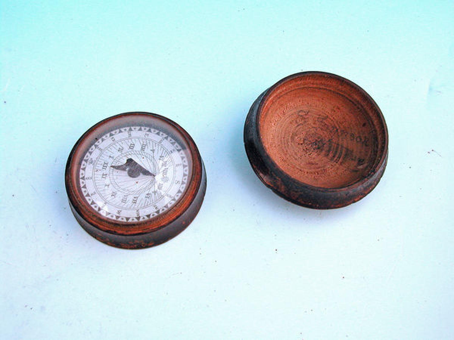 Early 19thc Treen Sundial & Compass .  English. C1800-20