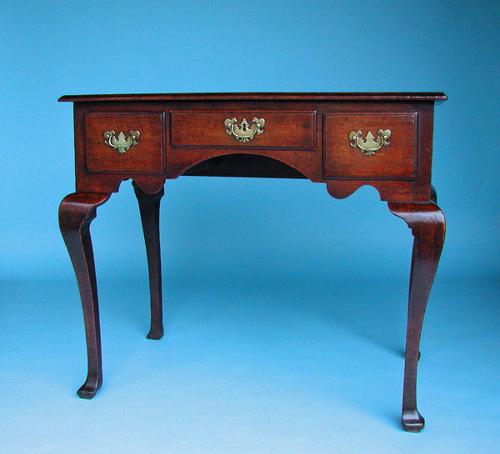 Oak Furniture 18thc Lowboy . English  C1720-40.