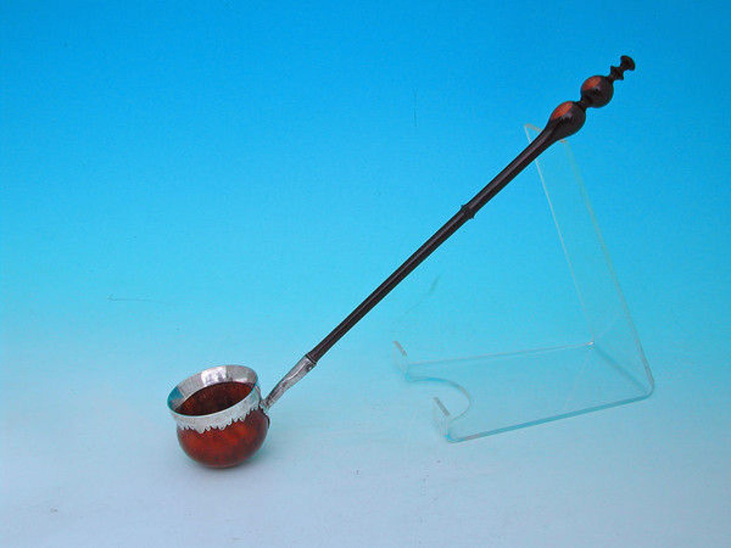 17thc Lignum & Mulberry Wassail Ladle . English.  C1670-80