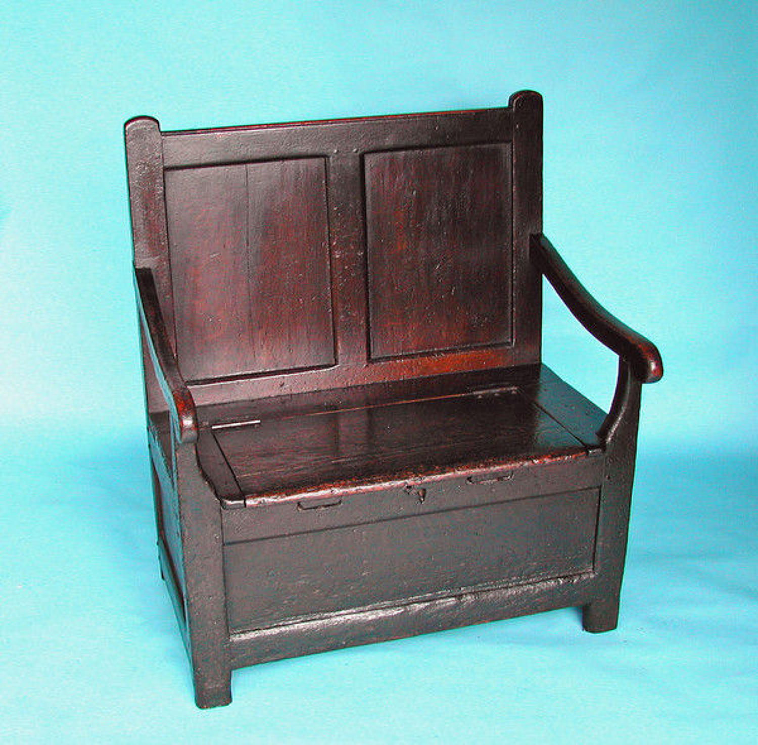 19thc Pine Box Settle . Welsh. C1820-40.