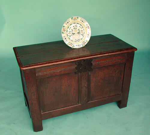 Antique Oak 17thc Joined Coffer.  English. C1630-40.