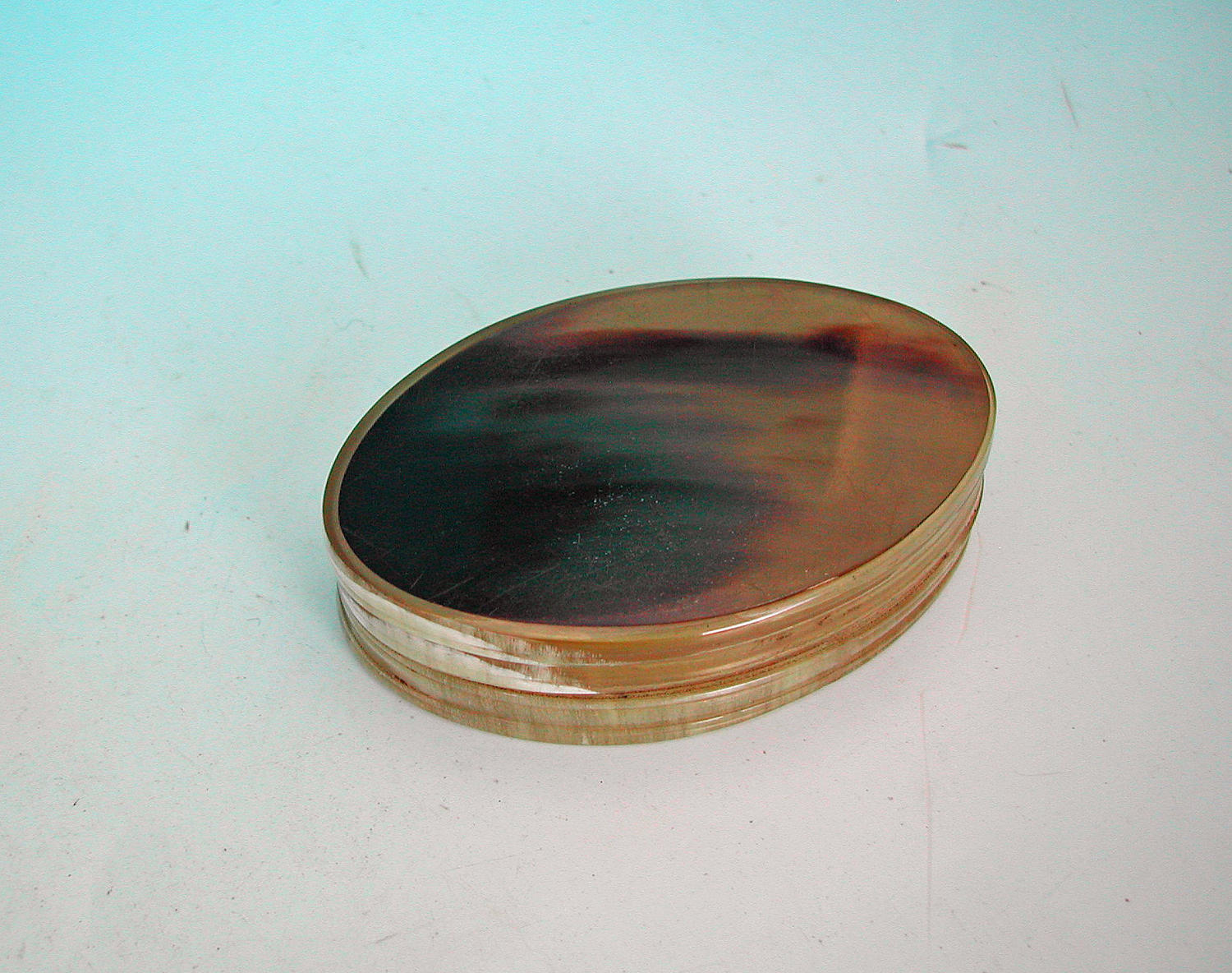 Antique 19thc Scottish Cow Horn Snuff Box. C1860-80.
