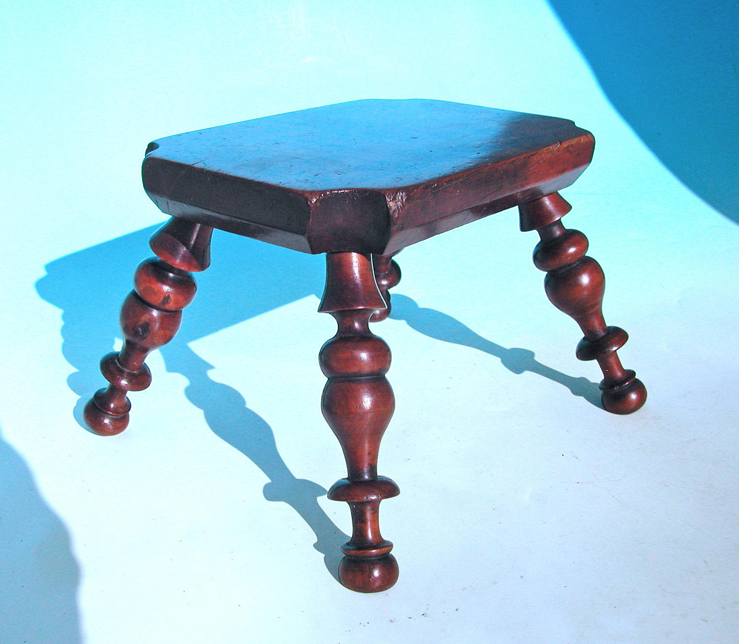 Antique 19thc Treen Turned Yew Wood Stool / Candlestand.  English.