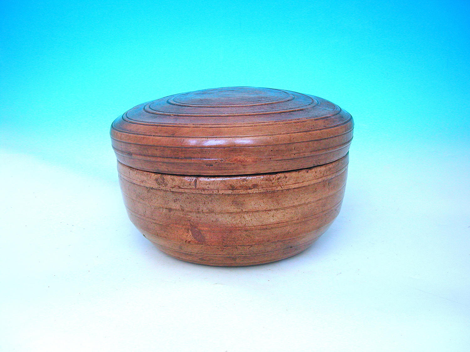 Antique 19thc Lidded Sycamore