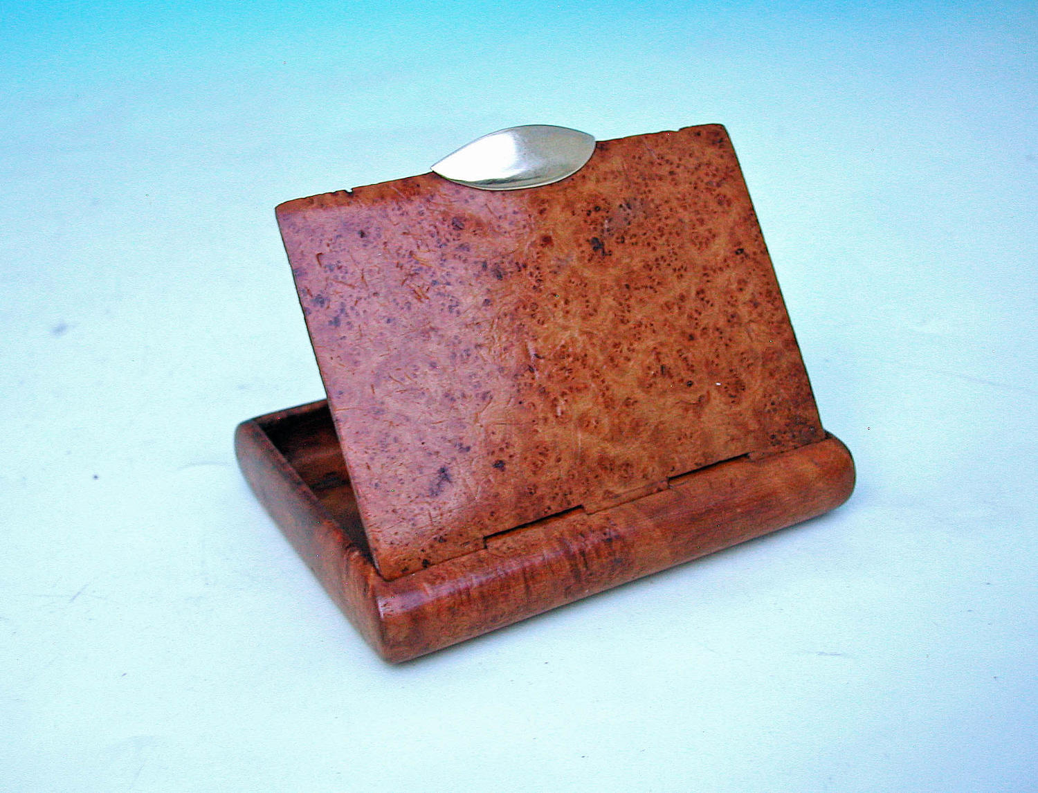 Antique Treen 19thc Mulberry Cigarette / Card Case With Gold Clasp.