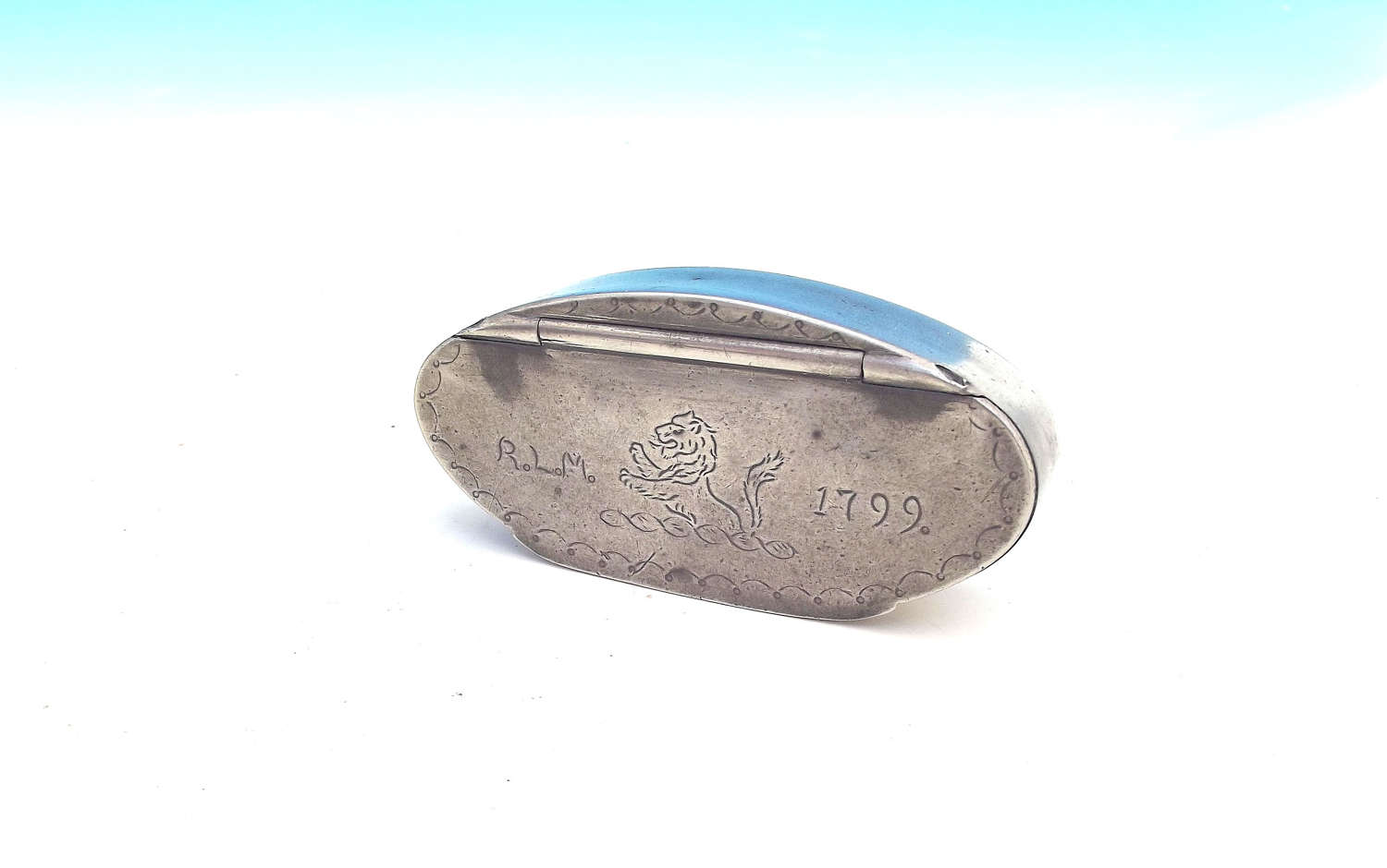 Antique Metalware 18thc Pewter Snuff Box RLM dated 1799. English