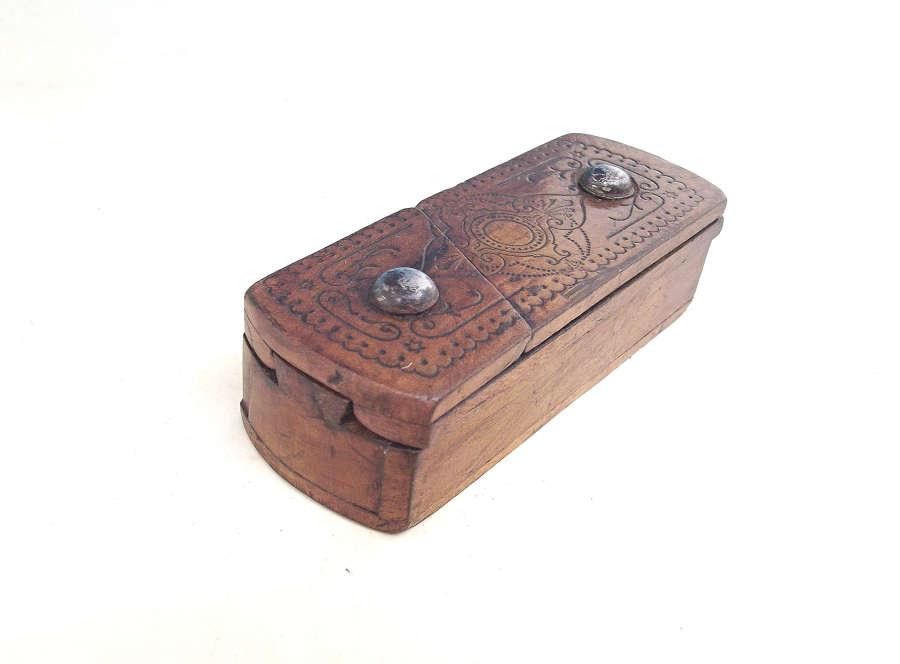 Antique Treen 19thc Fruitwood Gentlemans Vesta / Snuff Box.Continental