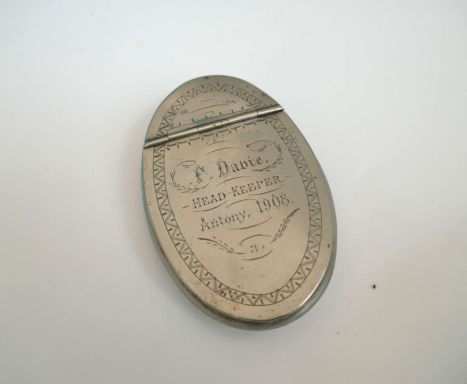 Antique Early 20th Snuff Box Dated1908 & Engraved Head Keeper F Davie