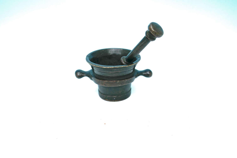 Early Metalware Bronze 18thc Apothecary Pestle & Mortar. Dutch C1770
